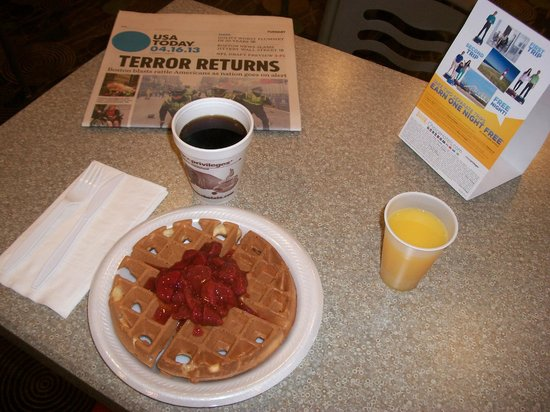 Comfort Inn & Suites: Enjoy Your Meal With A USA Today
