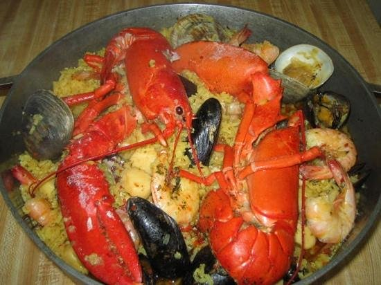 Ortley Beach, NJ: paella at ortley fish market