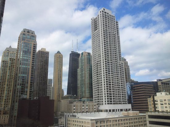 ACME Hotel Company Chicago: The view in the daytime.