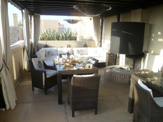 Riad Adore: The roof terrace for breakfast and dinner...