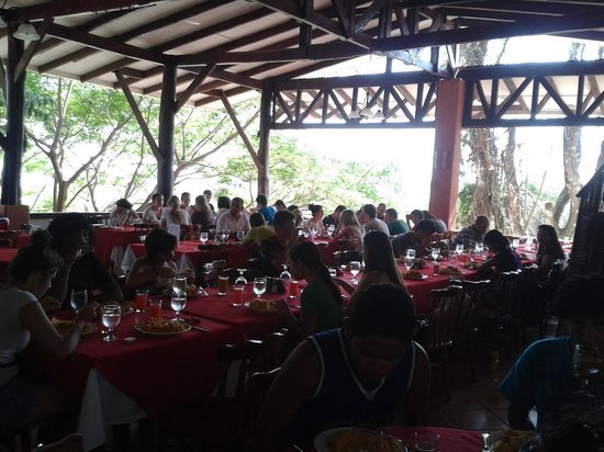 Hacienda Guachipelin: Great Restaurant