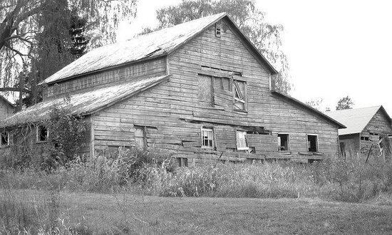 ‪‪Inn At The Ridge‬: WHAT THE BARN LOOKED LIKE IN 2004‬