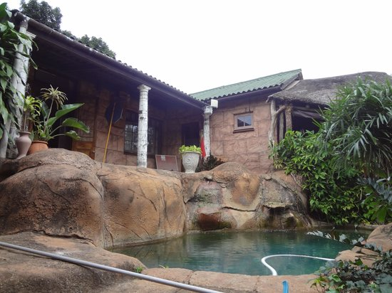 Hippo Hide Backpackers: cool