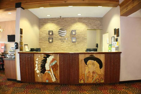 Comfort Inn Buffalo Bill Village: Front Desk