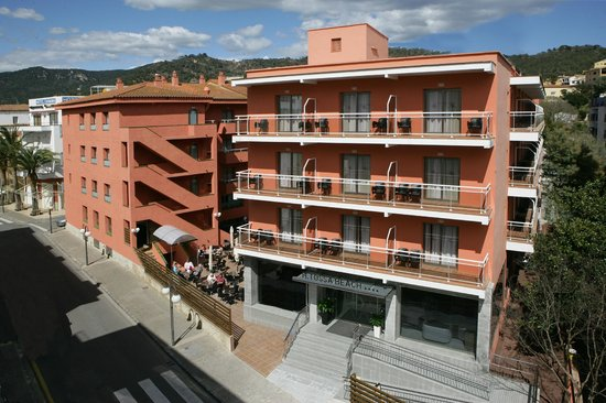 Tossa Beach Hotel