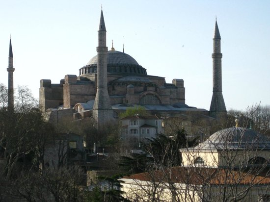 Yasmak Sultan Hotel: View from restaurant rooftop terrace, Hagia Sofia