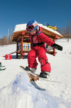 Smugglers Notch, : Riglet Park for young snowboarders at Smugglers&#39;