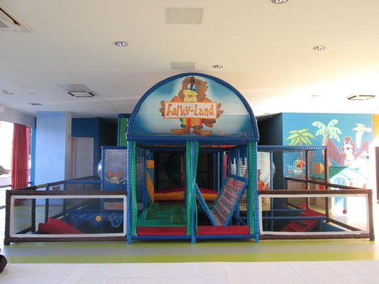 ‪‪Falkensteiner Club Funimation Borik‬: Falk Land indoor playground‬