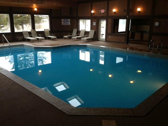 Lodge at Bretton Woods : Refreshing pool 