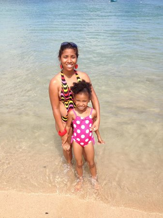 Bay Gardens Hotel: My daughter and I enjoying Reduit Beach