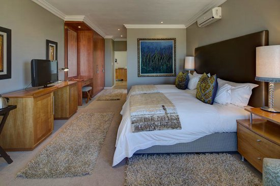 Ivory Heights Guesthouse: Suite - Emerald