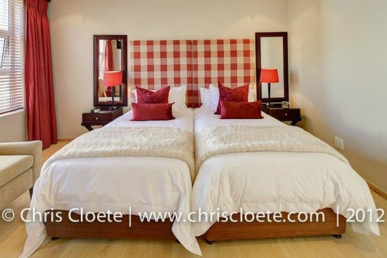 Ivory Heights Guesthouse: Luxury Room - Ruby