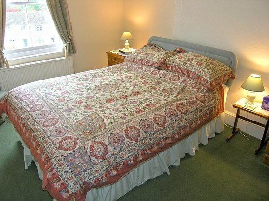 Glendevon Bed & Breakfast: Double Bedroom