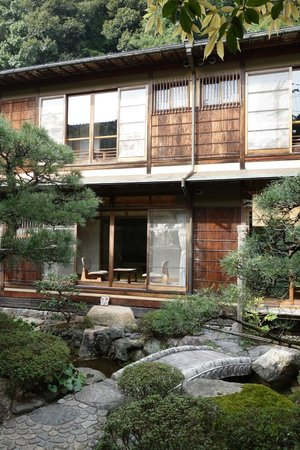 Nishimuraya Honkan: Two-storied building full of character.