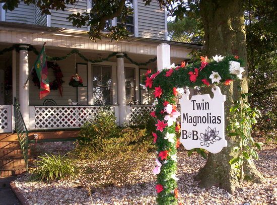 Photo of Twin Magnolias Bed and Breakfast Roanoke Rapids