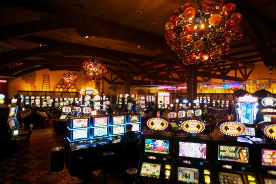 twin pines casino in middletown ca