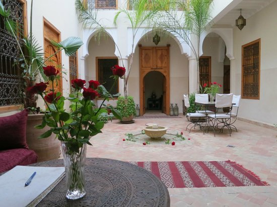 Riad Ma&#39;ab: Ground floor
