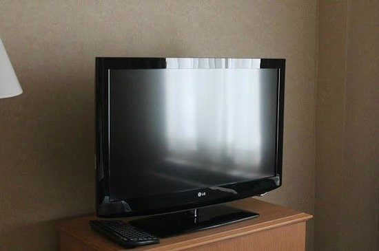 Marco LaGuardia Hotel by Lexington: 32&quot; LCD TV