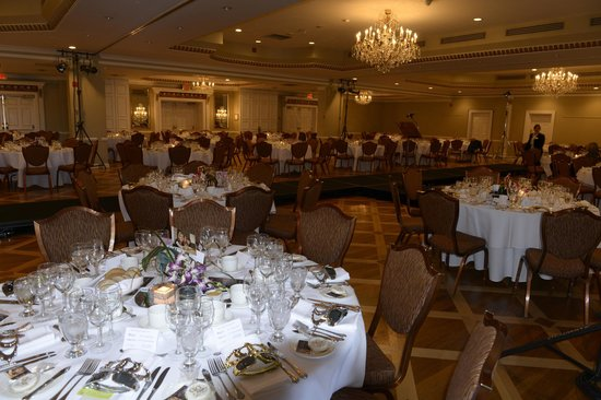 Queen's Landing: Grand Ballroom for Wine Women and Style