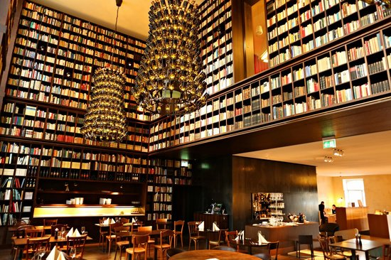 Library at b2 hotel picture of b2 boutique hotel spa for Top boutique hotels zurich