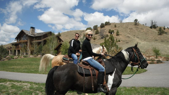 ‪‪Three Forks‬, ‪Montana‬: horse riding on 5,200 acres‬