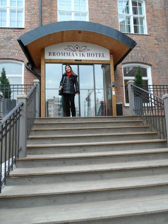 Bromma, Swedia: in front of the hotel