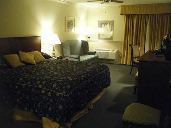 Inn on the Lake: Room