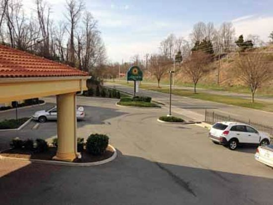 La Quinta Inn Radford: View from second floor front room