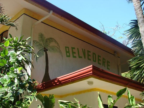 Hotel Belvedere - Playa Samara: The wall