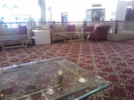 GRT Grand: Lobby