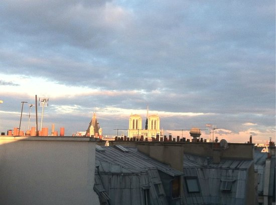 Citadines Prestige Saint-Germain-des-Pres: View from room balcony