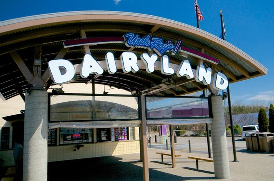 Uncle Ray's Dairyland, Fenton, MI
