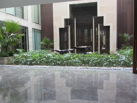 Hyatt Amritsar: front lobby