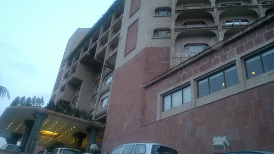 Park Plaza Ludhiana: HOTEL VIEW FROM OUTSIDE