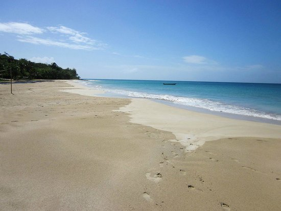 Corn Islands, Nicaragua: Picnic Center Beach - South