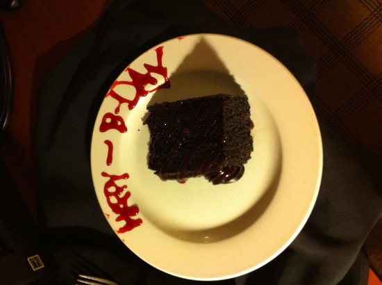 Four Points by Sheraton Los Angeles International Airport: My birthday cake!