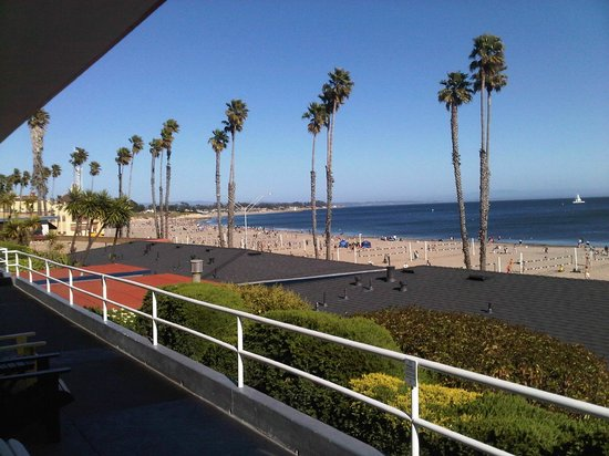 Beach Street Inn and Suites: View from balcony
