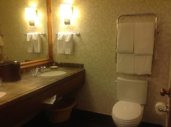 Park Hyatt Beaver Creek Resort and Spa : fireside suite bathroom