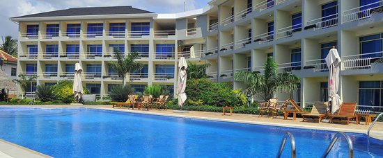 Giraffe ocean view hotel dar es salaam tanzania hotel reviews tripadvisor for Swimming pools in dar es salaam