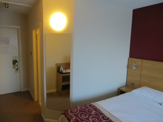 Jurys Inn Custom House: Room 2