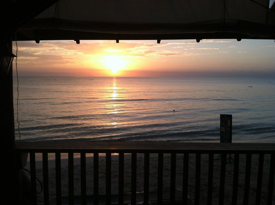 Seasplash Negril: Sunset from Sea Splash bar...beautiful!