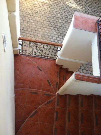 Hotel Xalteva: Artistic stairs