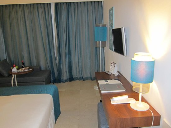 Hotel Jardin Tropical: Zimmer
