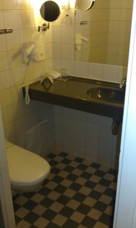 Rica Hotel Kungsgatan: Bathroom in Single Room