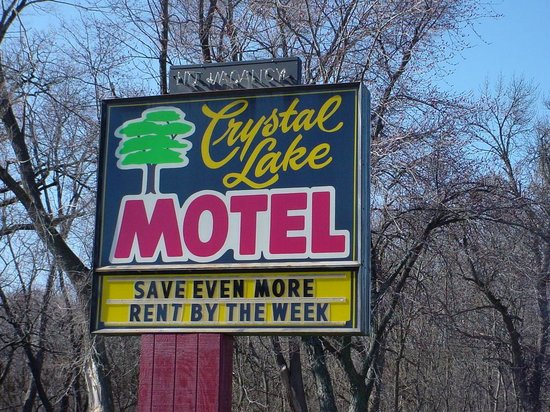Crystal Lake Motel