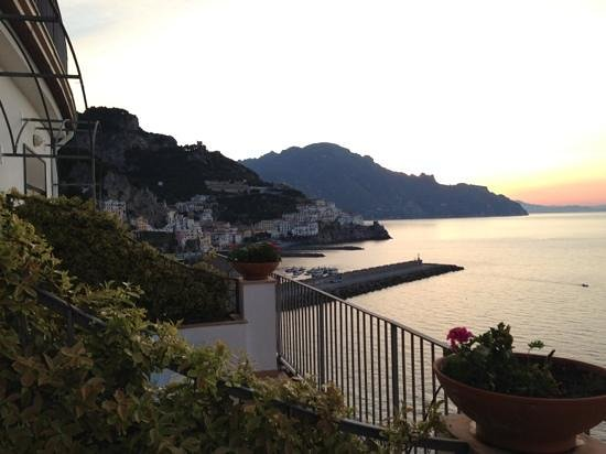 Miramalfi Hotel: sunrise at miramalfi