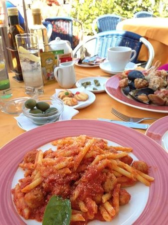 Miramalfi Hotel: our nice brunch
