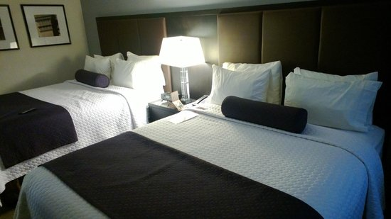 Crowne Plaza, Suffern: Double Bed