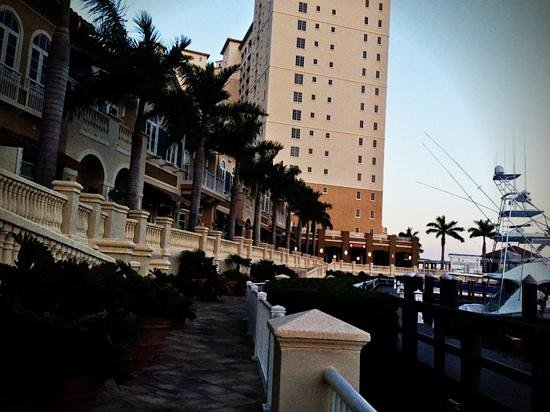 The Westin Cape Coral Resort At Marina Village: walking along the pier.