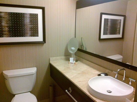 Hyatt at Fisherman&#39;s Wharf: Bath pic.1